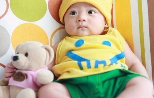 两岁宝宝补钙需要专业鉴定才能决定