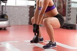 怎么锻炼臀部肌肉 l练就蜜桃臀