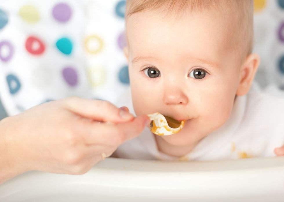 米粉是最方便简单的宝宝辅食,很多家伙认为冲调米粉很简单,完全没有