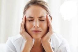 月经推迟小腹坠痛的原因是什么?