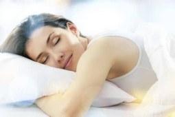 """为什么说女性养颜全靠""""睡""""?"""