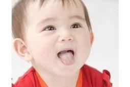 宝宝口腔炎预防要从根本做起