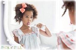 你见过会唱歌的宝宝儿童电动牙刷吗?