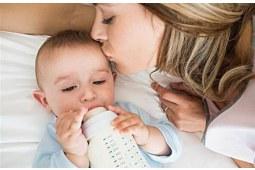 育婴科普 究竟要用多少度的水给宝宝冲调奶粉