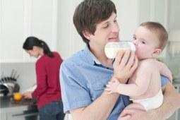 宝宝喝奶粉上火怎么办?做到这几点新手妈妈也能轻松解决!