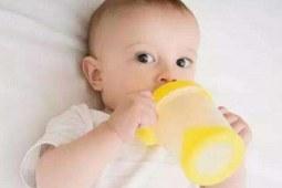 宝宝频繁胀气,竟是喝奶粉导致的?