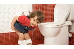 三招帮你教会宝宝上厕所,脱掉拉拉裤