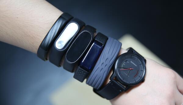 智能手环与智能手表的区别